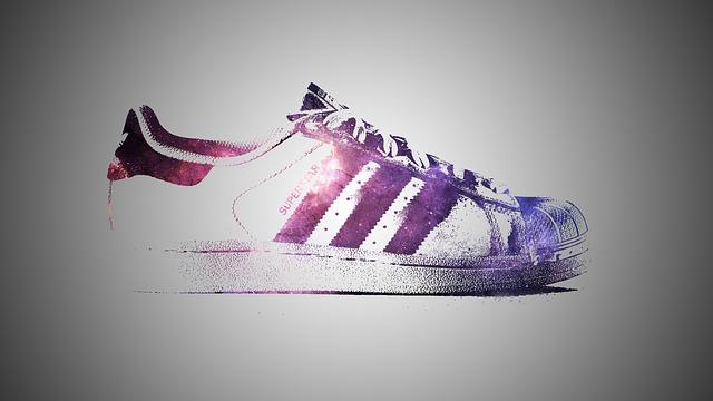 Caroline Wozniacki – In mostra i nuovi ed eleganti disegni di Adidas di Stella
