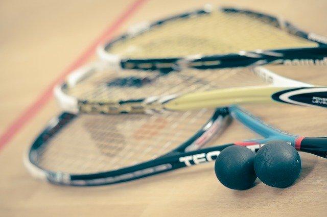 Tutto su Squash e l'equipaggiamento usato per giocare a Squash