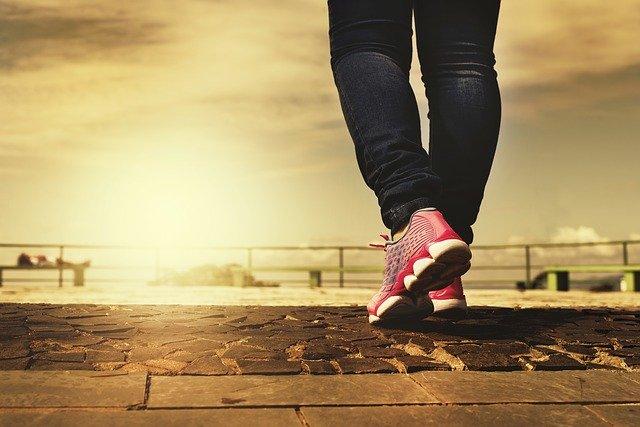 Suggerimenti per aiutarti ad acquistare le giuste scarpe da passeggio